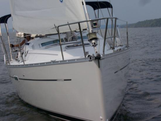 Photo of Beneteau 343 sailboat