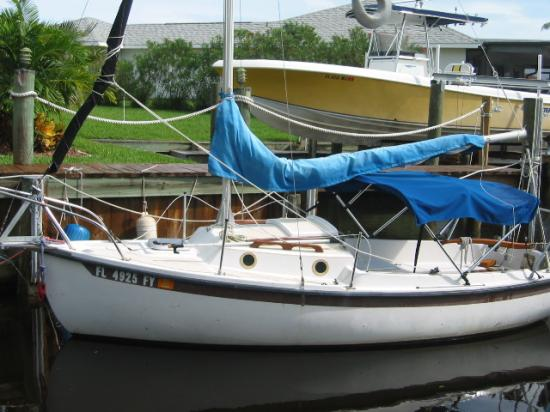 Photo of Com-Pac  CP16/III sailboat