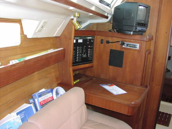 Photo of Hunter Vision-36 sailboat