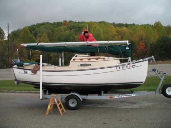 Photo of Com-Pac Sun Cat sailboat