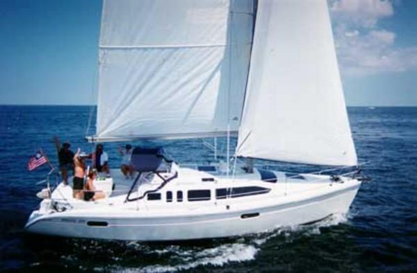 Photo of Hunter 336 sailboat