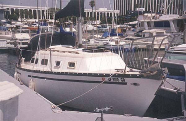 Photo of Hunter 27_75-84 sailboat
