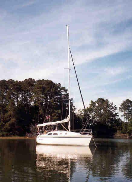 Photo of Hunter 28 sailboat
