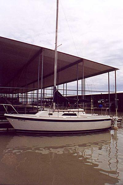 Photo of Oday 26 sailboat