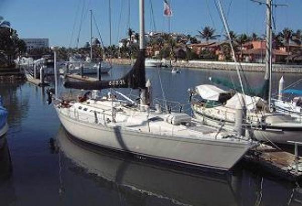 Photo of Beneteau 456 sailboat