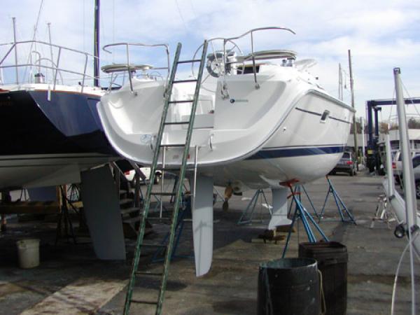 Photo of Hunter 33 sailboat