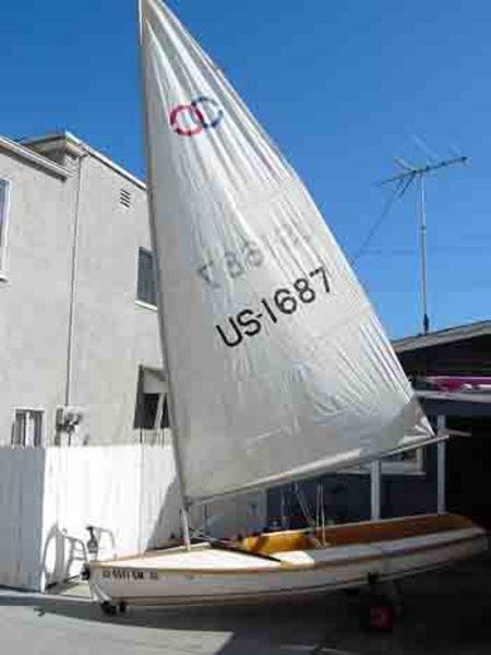 Photo of Catalina Capri-13 sailboat