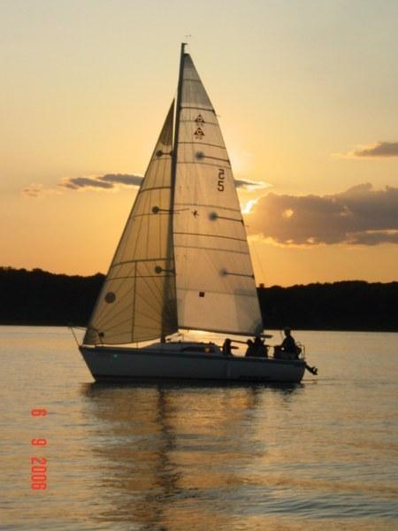 Photo of Catalina Capri-22 sailboat