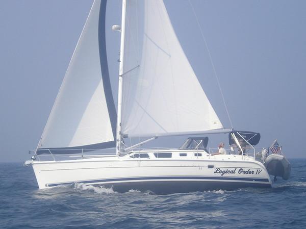 Photo of Hunter 44DS sailboat