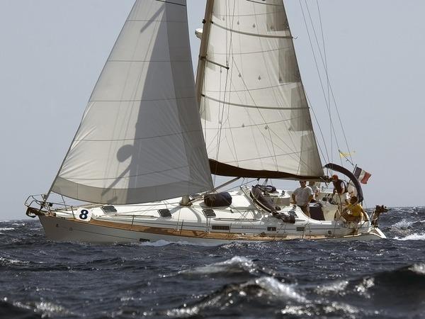 Photo of Beneteau 411 sailboat