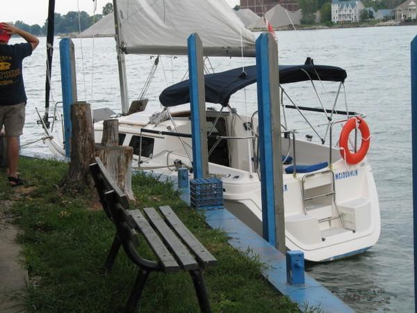 Photo of Hunter 27_89-94 sailboat