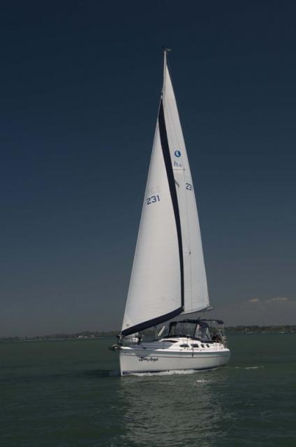 Photo of Hunter 41 sailboat