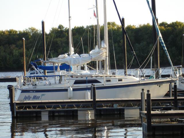 Photo of Oday 28 sailboat