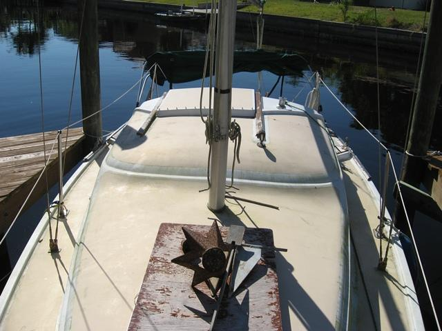 Photo of Pearson 26 sailboat