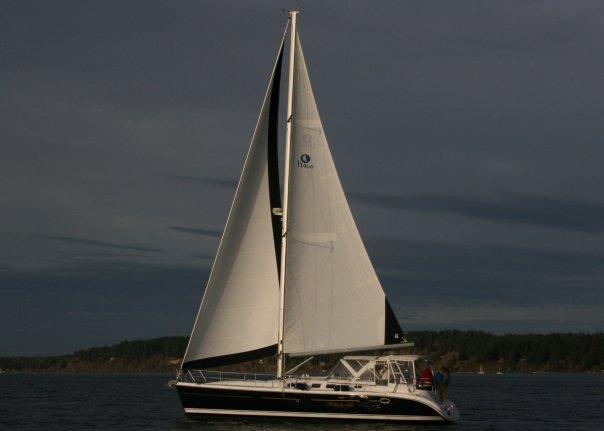 Photo of Hunter 466 sailboat