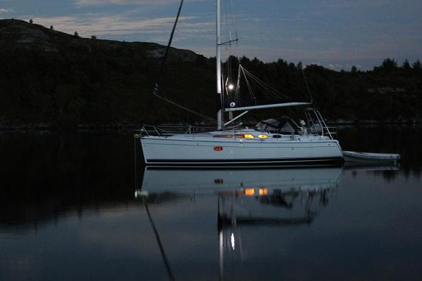 Photo of Hunter 36 sailboat