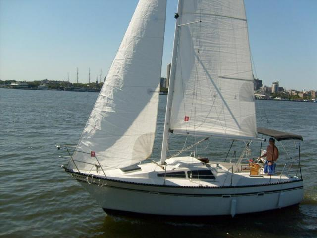 Photo of Lancer 27 sailboat