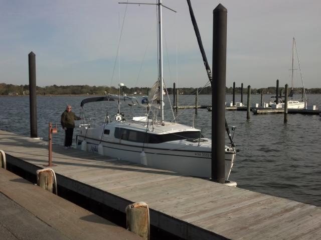 Photo of Hunter 27 Edge sailboat