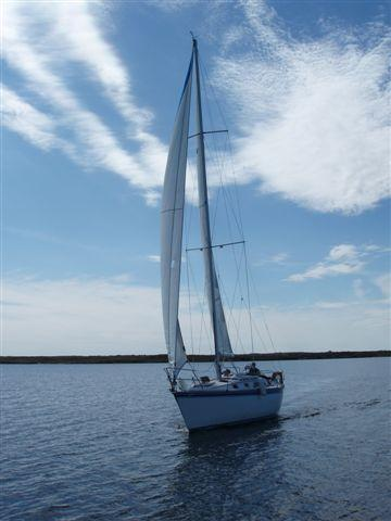 Photo of Hunter 34 sailboat