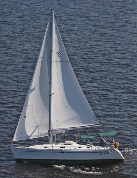 Photo of Beneteau 381 sailboat