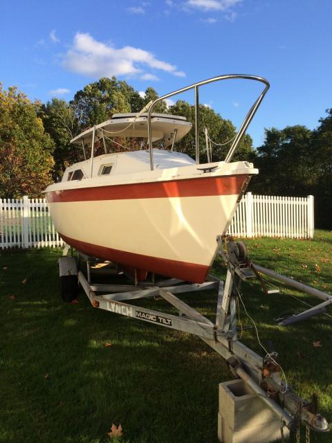 Photo of Hunter 20 sailboat